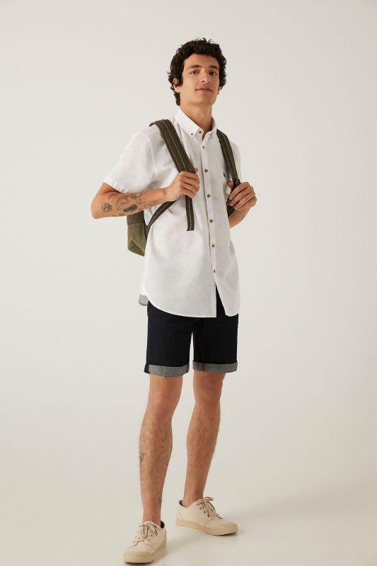 Linen short-sleeved shirt
