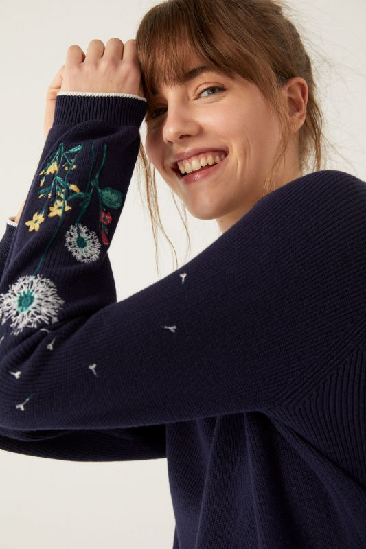 Floral Embroidery Sleeves Jumper