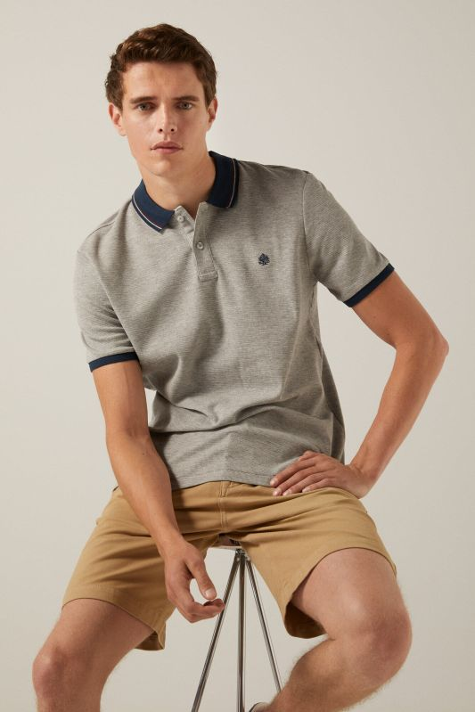 Waffle polo shirt with contrast collar