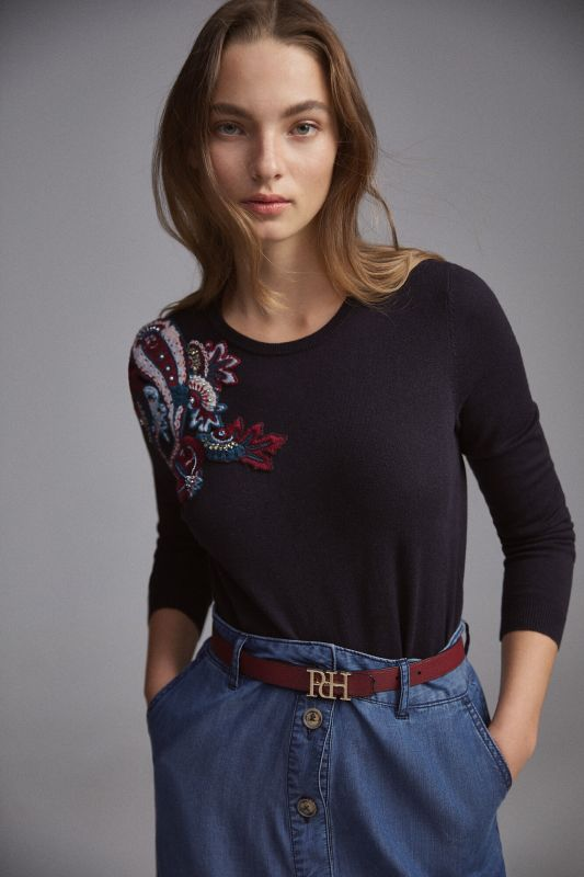 Crew neck jumper with paisley motif embroidery