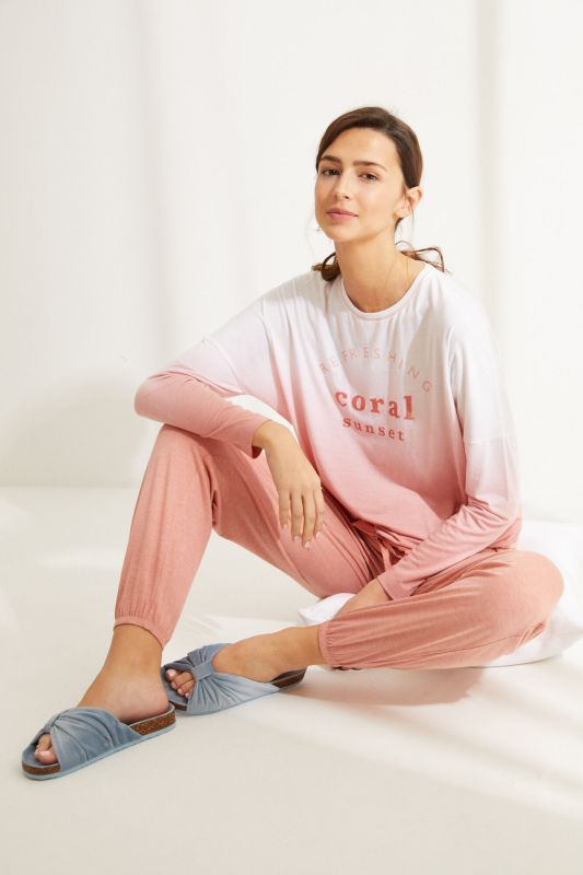 Long pink super soft jersey-knit long-sleeved pyjamas