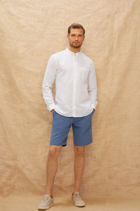 Cotton and linen chino style Bermuda shorts