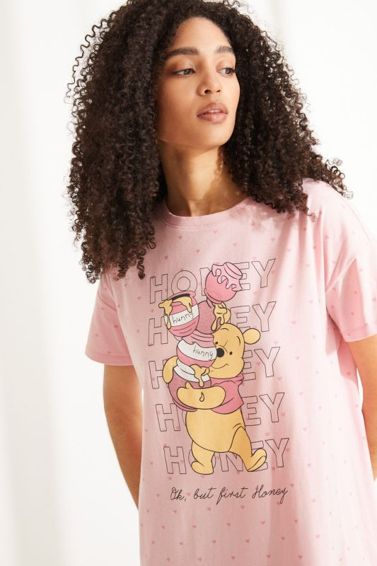 Pink cotton Winnie the Pooh short-sleeved midi nightgown