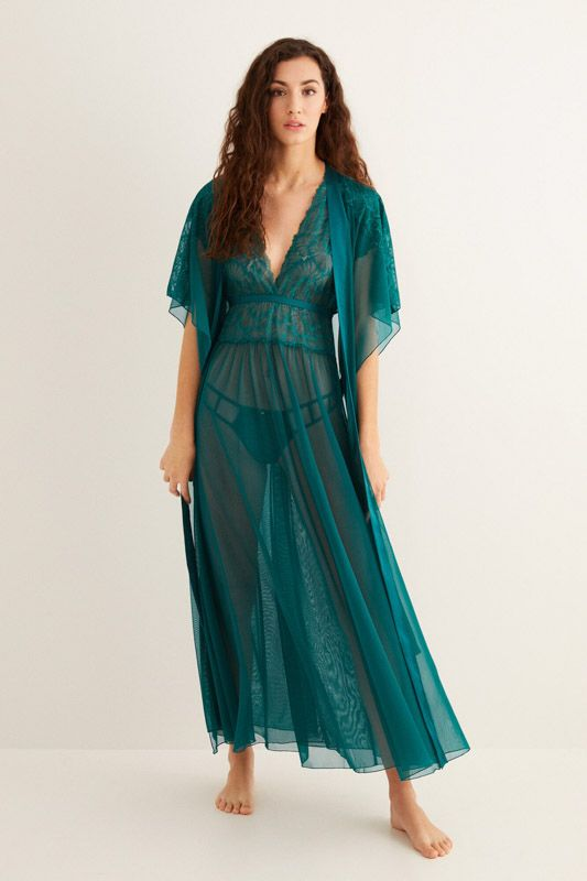 LONG MESH AND LACE ROBE