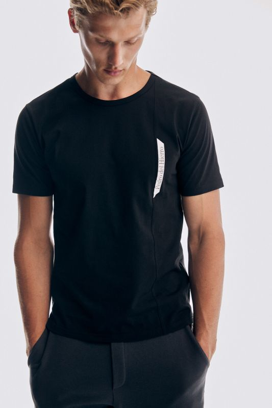 Technical short-sleeved t-shirt