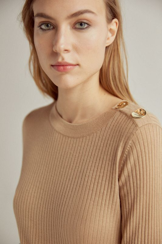 Ribbed crew neck jumper with shoulder buttons