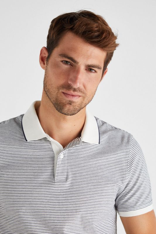 ESSENTIAL SHORT-SLEEVED POLO SHIRT
