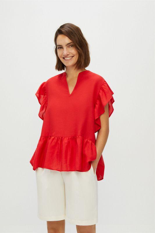 Flowing blouse