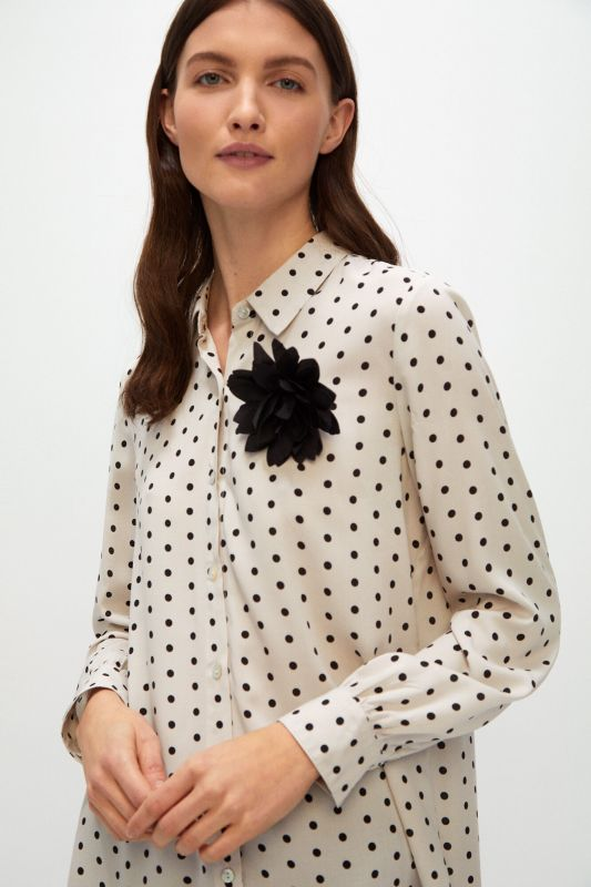 Polka-dot print brooch shirt