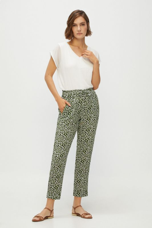 Super flowing trousers