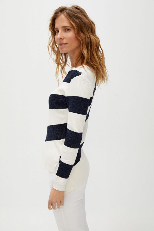 Horizontal stripes jumper