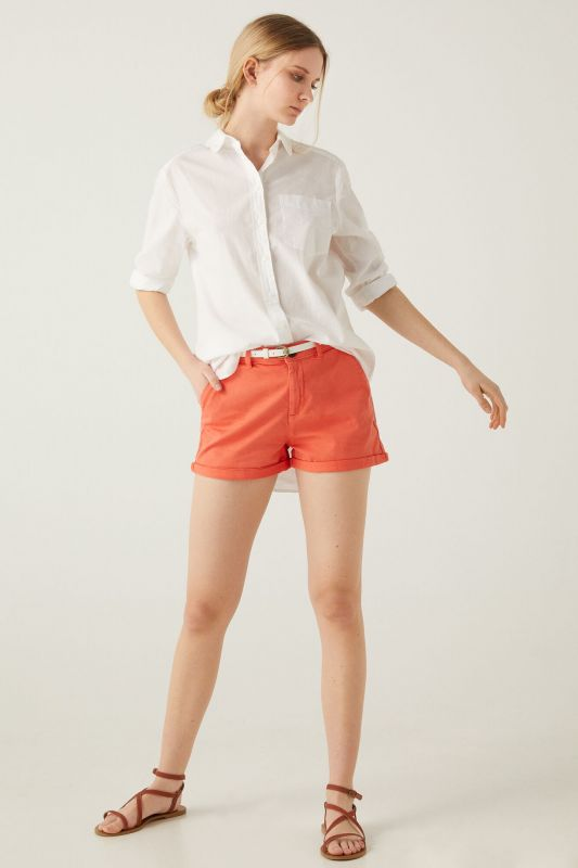 Chino shorts with belt