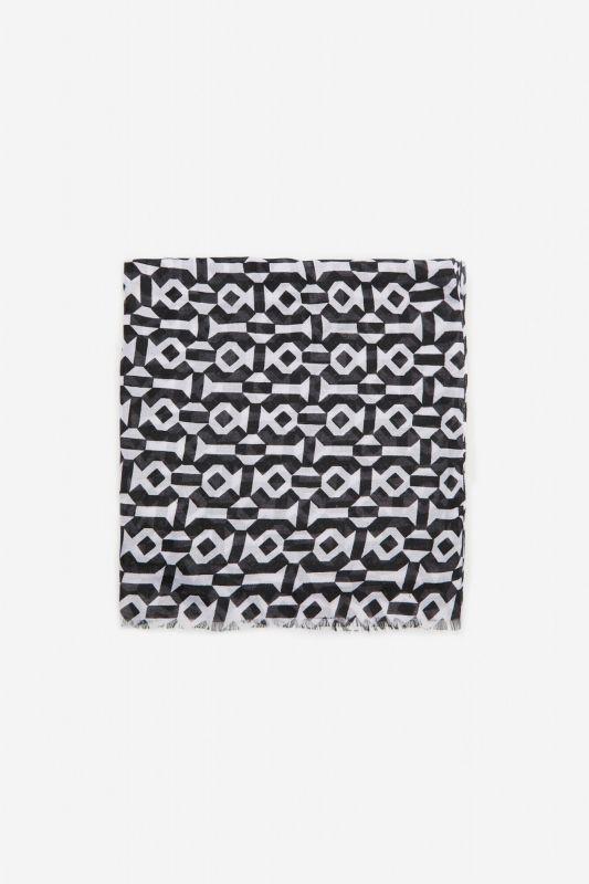 Geometric fine scarf