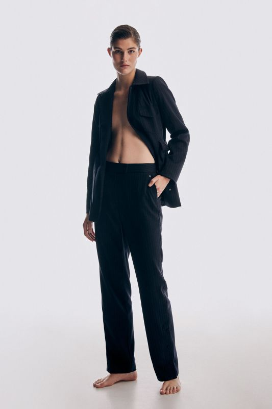 High waist buttoned trousers