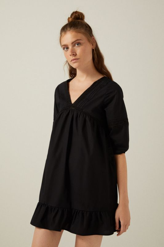 Black lace trim voluminous sleeves dress