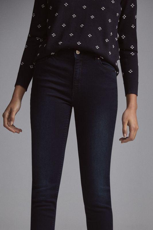 Lycra® push-up jeans