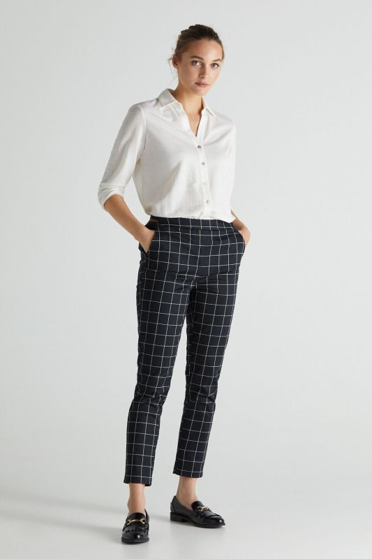 Trousers with elasticated back