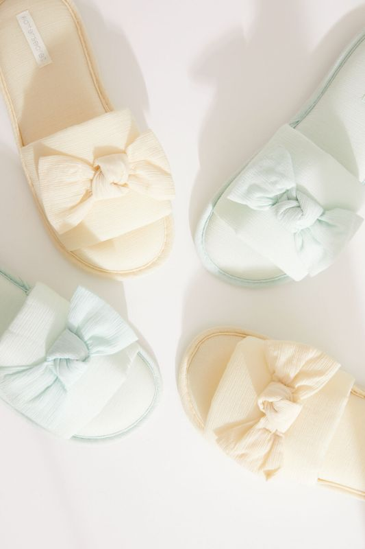 Yellow bow slider slippers