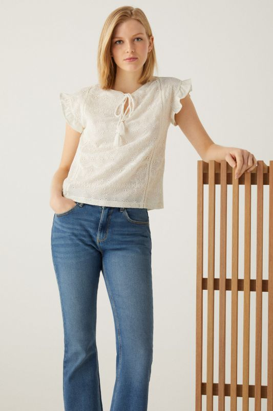 Two-material Swiss embroidery T-shirt
